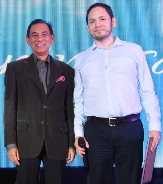L-R: IPG CFO Willie Sarmiento and ILC general manager for sales Tonito Gonzalez