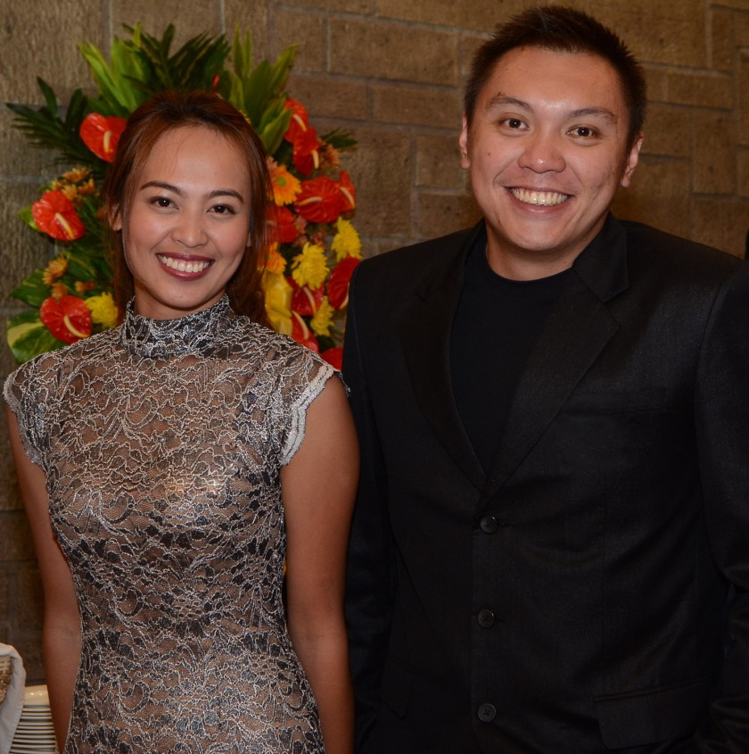 L-R: Account manager Jesy Lou Basco and ILC account manager Kyle Yulo